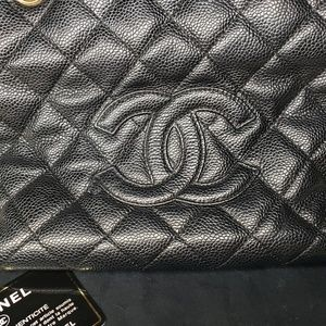 CHANEL Bags - Chanel Petite Timeless tote